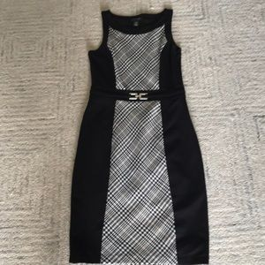 WHBM fitted, lined sheath dress, size 8!
